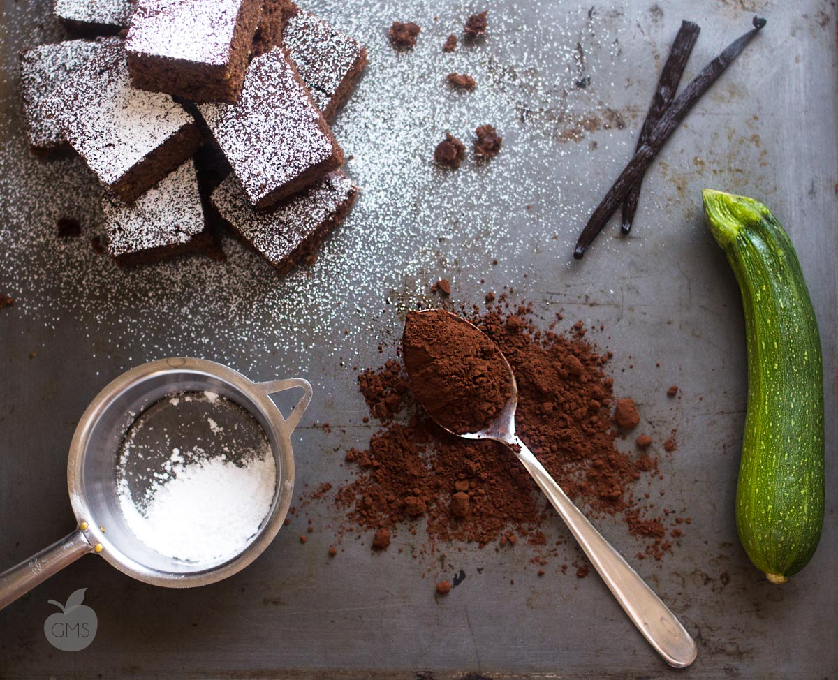1-torta-di-cioccolato-e-zucchine