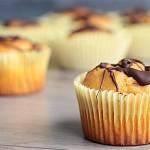 Ricetta muffin di patata dolce con copertura al cioccolato (vegan)