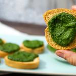 Pesto di cavolo nero | Ricetta facilissima