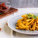 Pesto rosso alla rucola | Ricetta velocissima