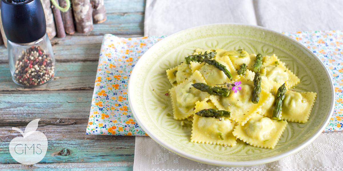 Ravioli agli asparagi | Ricetta Vegan