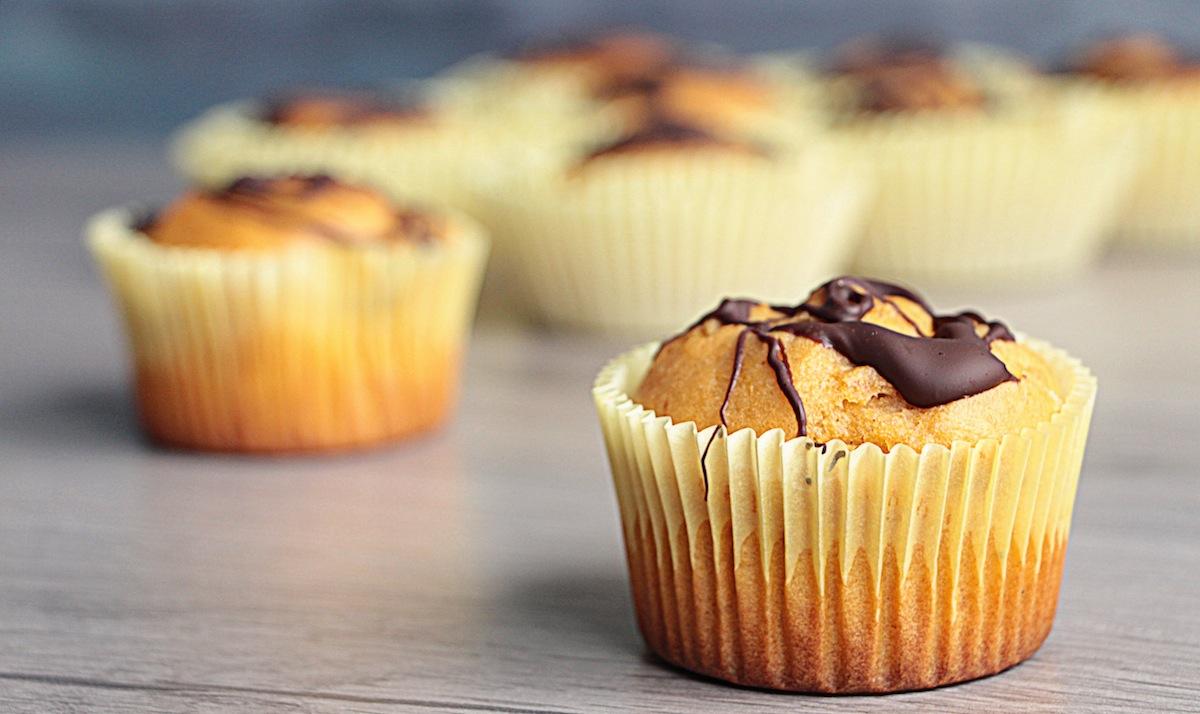 Muffin di patata dolce con copertura al cioccolato