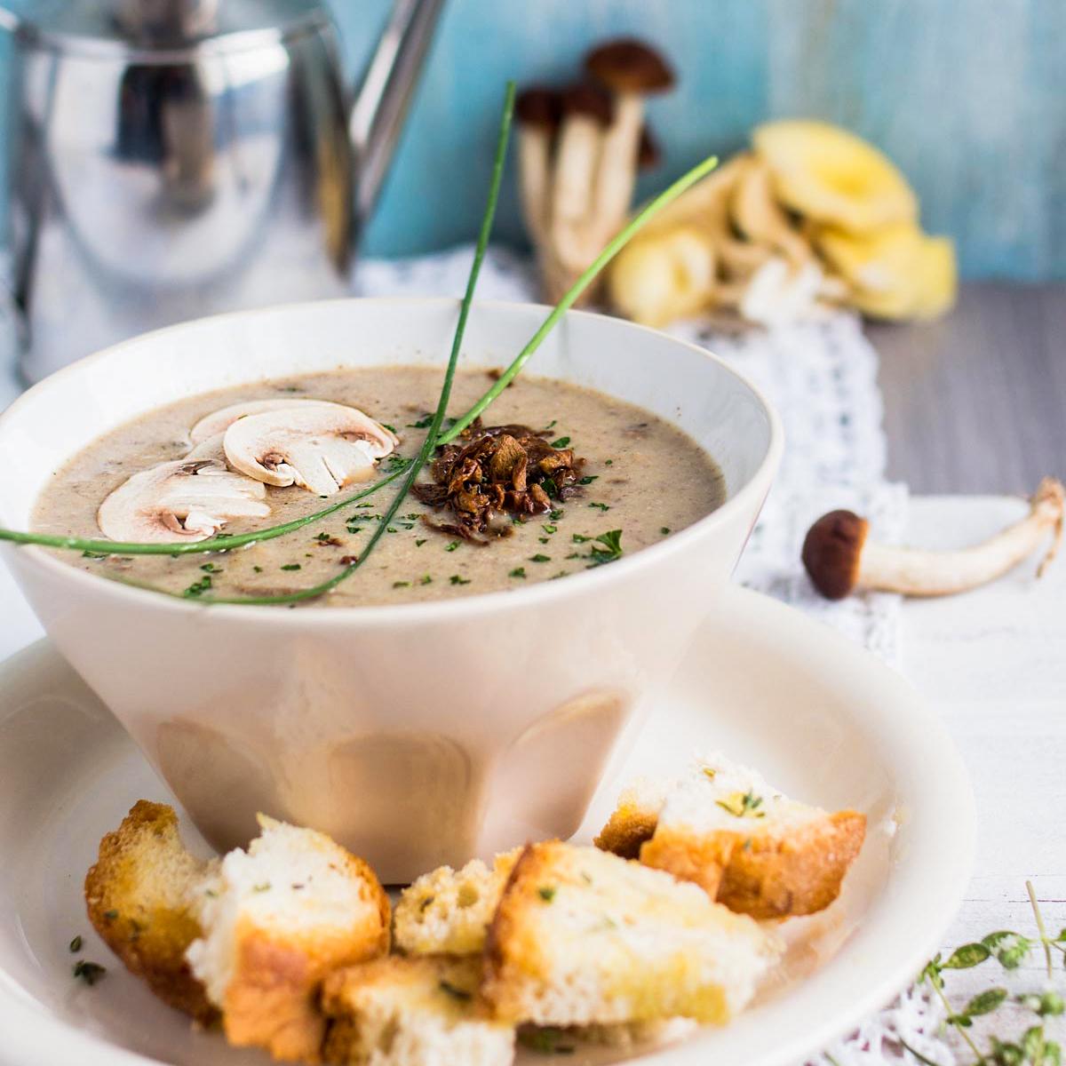 Zuppa di funghi, light, vegan e gluten free