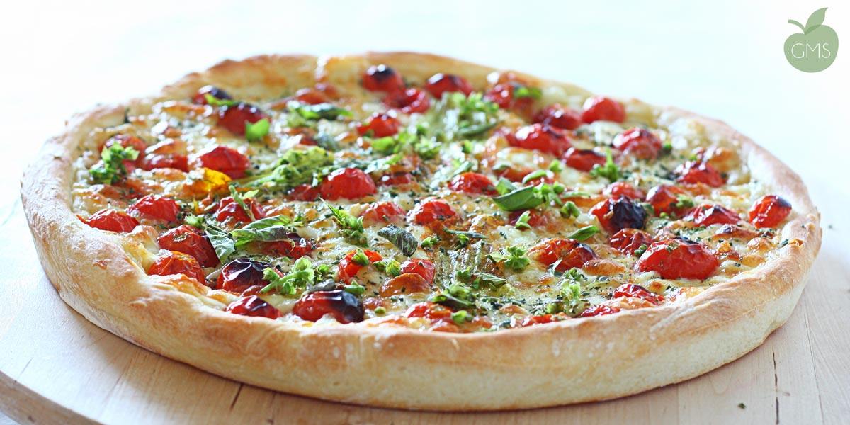 Pizza integrale ai fiori di zucca e pizza integrale ai pomodorini