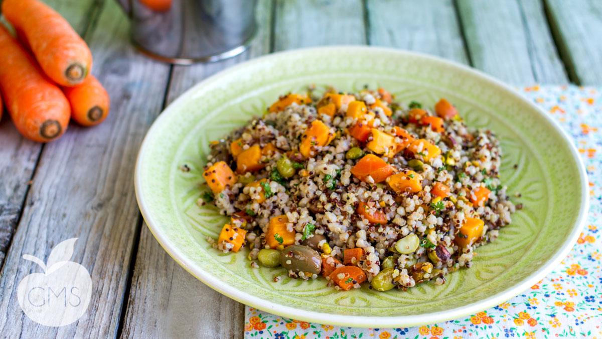Insalata di grano saraceno, quinoa e edamame