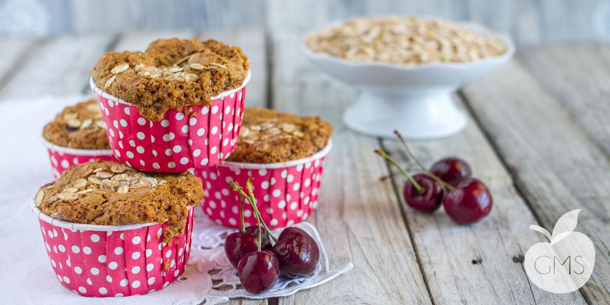 Muffin all'avena e ciliegie