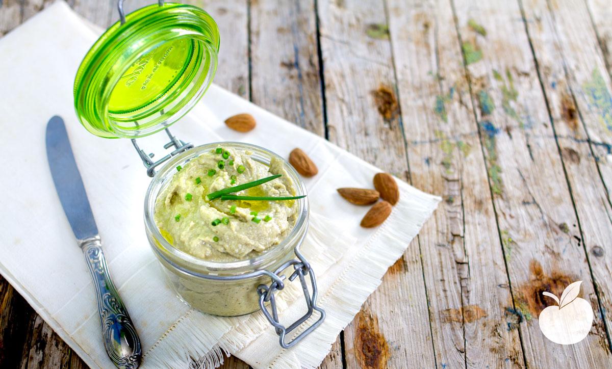 Pesto ai carciofi con mandorle e anacardi| Ricetta facilissima